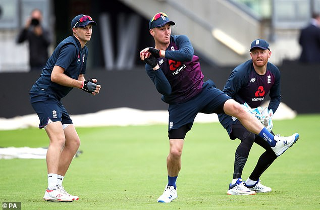 Hold on to your hats, a very eventful Ashes series is in store as the old enemies lock horns