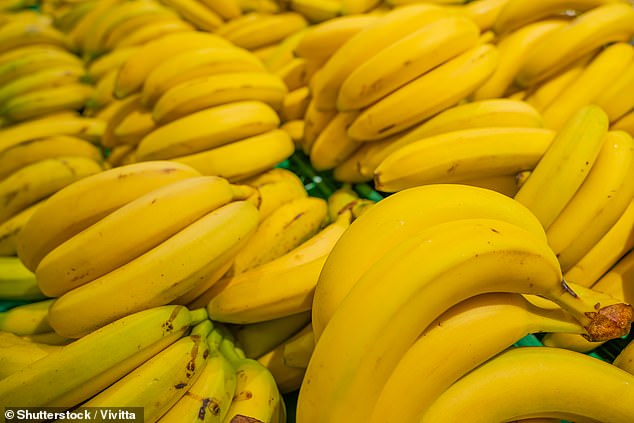 Colombia has declared a national emergency after a destructive fungus was found across nearly 180 hectares of soil used to grow bananas in the northeastern province of La Guajira