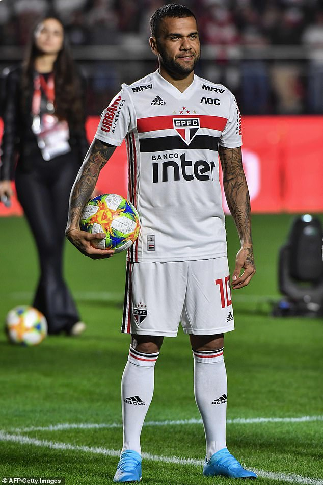 Dani Alves sealed a return to his native Brazil after signing for Sao Paulo until 2022