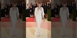 Anna Wintour attends the