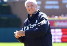 Detroit Tigers Hall of Famer Al Kaline throws out the ceremonial first pitch prior to the game against the Boston Red Sox at Comerica Park on April 8, 2017 in Detroit, Michigan. (Photo by Mark Cunningham/MLB Photos via Getty Images)
