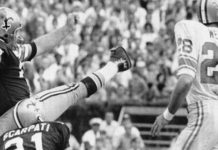 Saints legend Tom Dempsey, left, was recovering after being diagnosed with coronavirus.