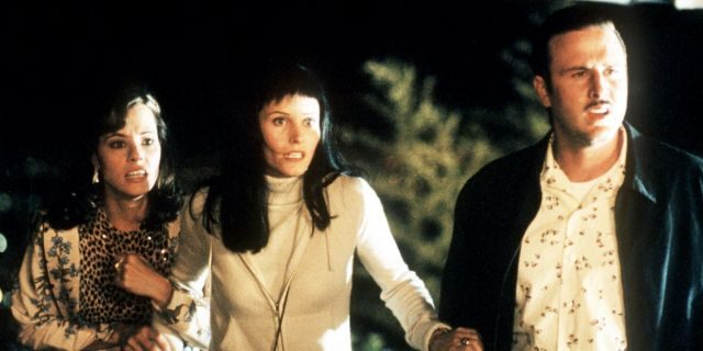 From l-r: Parker Posey, Courteney Cox Arquette and David Arquette in Wes Craven