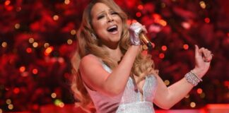 Queen Of Christmas, Mariah Carey performs her holiday smash hits at the Beacon Theatre on December 15, 2014 in New York City. (Photo by Dimitrios Kambouris/Getty Images for Maroon Ent)