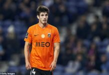 Chelsea outcast Lucas Piazon has hit out at the London club