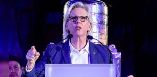 TAMPA, FLORIDA - SEPTEMBER 30: Mayor of Tampa Bay Jane Castor speaks during the 2020 Stanley Cup Champion rally on September 30, 2020 in Tampa, Florida. (Photo by Douglas P. DeFelice/Getty Images)