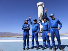 NS18 took off at 10:49am ET, but was back on the ground by 10:59am ET and although the trip lasted for just 10 minutes and 17 seconds, the crew will likely remember it for a lifetime. Picture (L-R) isAudrey Powers, Blue Origin
